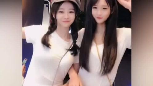 成都的两位小姐姐,你觉得哪位更好看一点