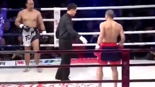 少林功夫征战擂台,高僧面对年轻对手使出连续高扫拳,最后KO对手