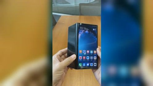 华为折叠屏Mate X看短视频和普通手机有什么区别?