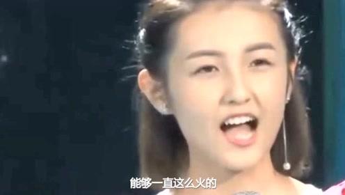 张子枫签名没墨水,粉丝慌忙找备用笔,看到她的嘴角,不敢说话
