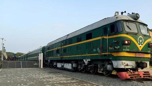 中国最慢的火车400公里行驶12小时 看到票价后真是良心了