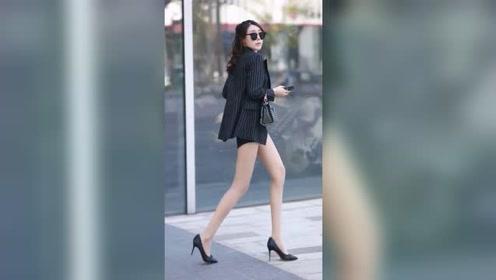 这又是什么身材小姐姐?这腿也太长了吧!