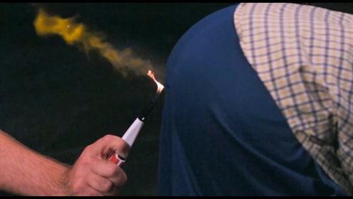 屁能被点燃吗?老外用打火机测试,网友:这得需要多少?
