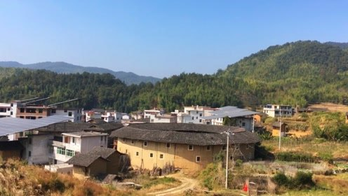 福建闽西最有历史的一个地方,很多乡镇因它而得名,如今荒无人烟