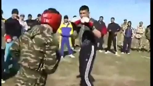 俄罗斯军人与哈萨克斯坦军人比武较量,桑搏是真的凶啊!