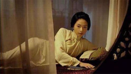 古代夫妻过夜时,为什么丫鬟整夜在床边?网友:古人真会玩!