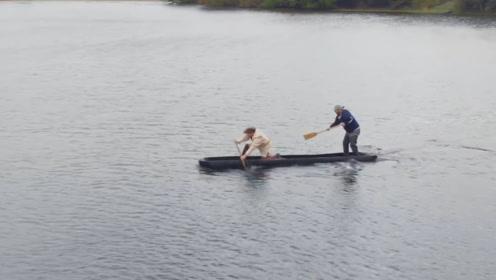 独木舟是怎么制作的?一棵4人合抱的大树,用传统工艺进行火烧
