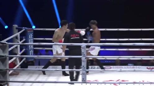 中国小伙一脚KO,解说直呼太厉害,日本对手被担架抬下!