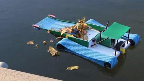 初中生发明的水面垃圾清理机,几分钟就能把河面清理干净
