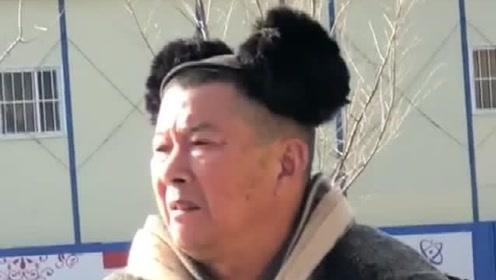 解锁这个冬天的耳套最新戴法,真是应了那句老可爱,正宗的!