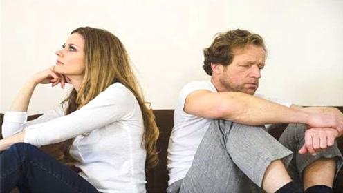 情侣之间吵架,女生有这3种表现,说明她还是很爱你的