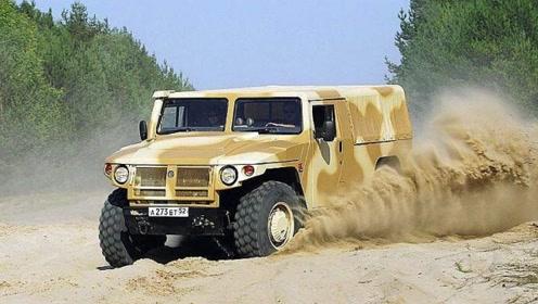 真正的越野之王!俄罗斯虎式装甲车秒杀悍马 上山下沼泽无所不能