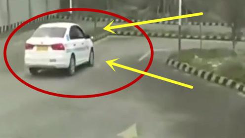 一个被吊销驾照的老司机,再次报名科目二,教练瞬间跪了
