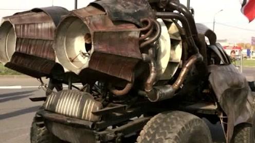 老外霸气改装汽车放学接儿子,不料刚到门口,小朋友都吓尿了!