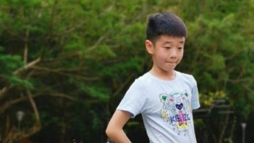 杨云分享杨阳洋闭眼嗨唱视频实力吐槽儿子,李荣浩无辜躺枪