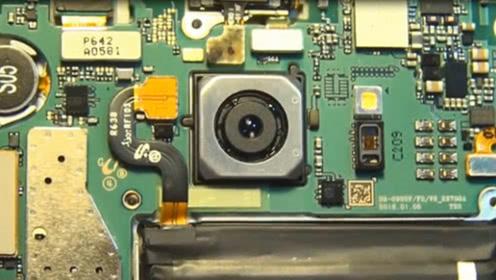 手机是如何做到防抖的?小伙打开摄像头,瞬间刷新了认知!
