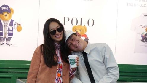 陈冠希靠在老婆秦舒培肩上甜笑 两人品咖啡热聊不停心情佳
