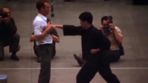 李小龙实战记录高清修复,一拳秒杀日本空手道冠军,速度太快看不清