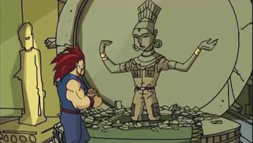 成龙历险记:成龙努力的爬着!也不确定这是不是希瓦寺院的入口!