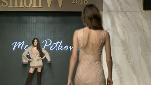 真正的时尚,一个背影就足够体现,真是美艳绝人!