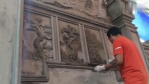 活了半辈子第一次见水泥外墙上面作画,老师傅这手艺一般人比不了!