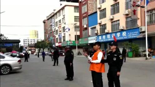 宾阳县10涉嫌电信网络诈骗嫌疑人公开指认现场