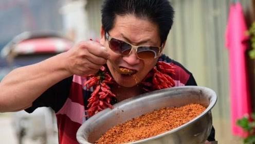 """还记得""""中国辣王""""吗?一天5斤把辣椒当饭吃,如今老了成这样"""