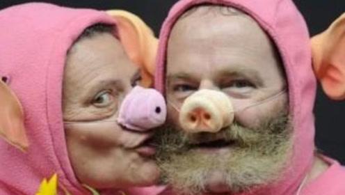 """法国举办""""猪叫锦标赛"""",选手模仿猪的各种叫声,引无数游客观看"""
