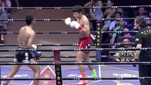 这就是中国功夫!七伤拳VS泰拳,泰拳手被打的胳膊脱臼坐地痛嚎