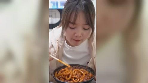 大胃王吃播 你吃过最辣的食物是什么