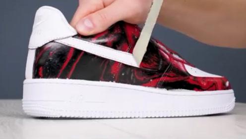 用水能自制一双炫酷的耐克鞋?球迷另辟蹊径,感觉成品价值翻倍