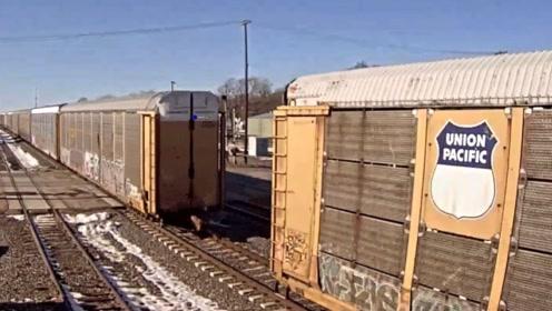 """奇葩的""""泡面轨道"""",火车开在上面就像喝醉酒样,老司机表示瑟瑟发抖"""