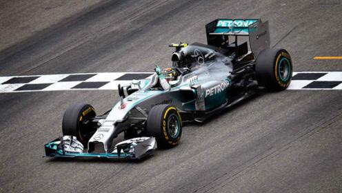 不漂移怎么能叫赛车手?让人怵目惊心的F1史上大撞车