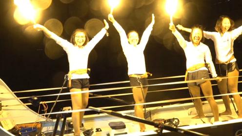 四名女大学生划艇横渡大西洋 打破四项世界纪录