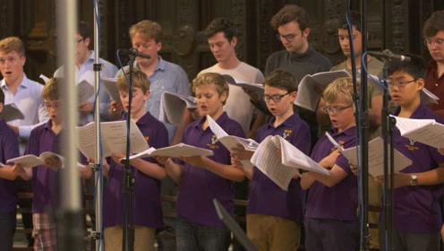 五百年后 英国人竟把《再别康桥》唱出来了!