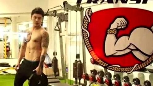 泰国最帅健身教练居然是女儿身?直男又被KO了!