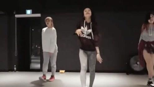 最适合初学者的基础舞蹈简单欢快