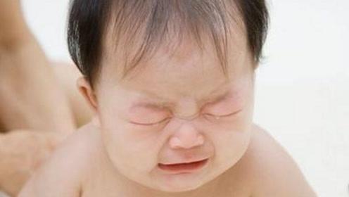 两个月的宝宝不吃奶怎么办,这可急坏了妈妈,该如何是好呢?