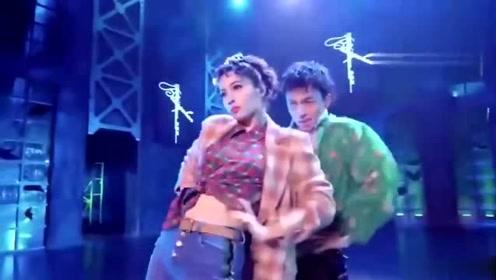 吴昕这一段《眉飞色舞》赚足了眼球,当之无愧的第一名,太可爱了!