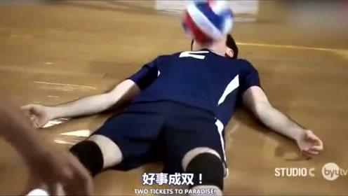 小伙子用脸打排球,带领球队取得了胜利,我只想问问脸怎么样了