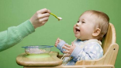 宝宝经常吃这类食物危害很大, 易导致长不高, 家长要注意