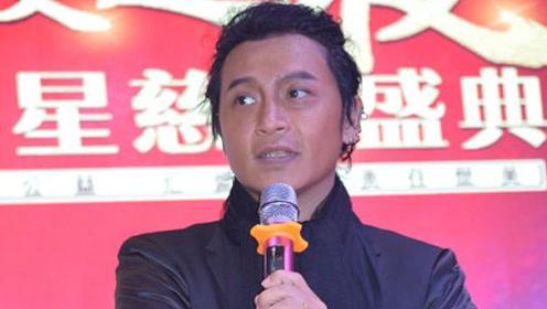 陈志朋终于不作妖了 黑色西装超有型,肤色太出镜