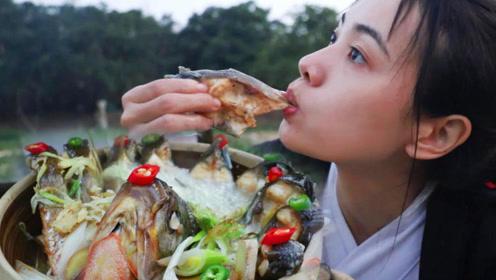 4斤大鲳鱼,女侠做一道孔雀开屏蒸鱼,肉质爽滑,味道太棒了