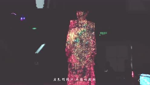 当赵雷和张韶涵合唱《阿刁》一个娓娓道来一个气势如虹!