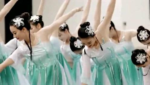 古典舞《杨柳青青》道是无晴却有晴