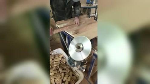 第一次见这样的木工,居然斜着装锯头,真是不服不行!