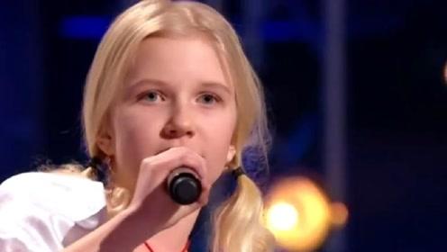 小女娃演绎世界超难唱法,嗓音奇妙惊艳全场,太美妙!