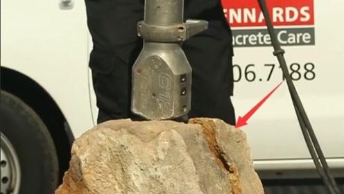 古代神兵再现,机器60斤重,几秒劈开四百吨岩石,啥墙都挡不住