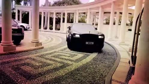 澳大利亚富豪的日常生活