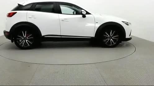这辆小型SUV真漂亮,还是忘掉丰田C-HR吧,马自达CX-3展示欣赏
